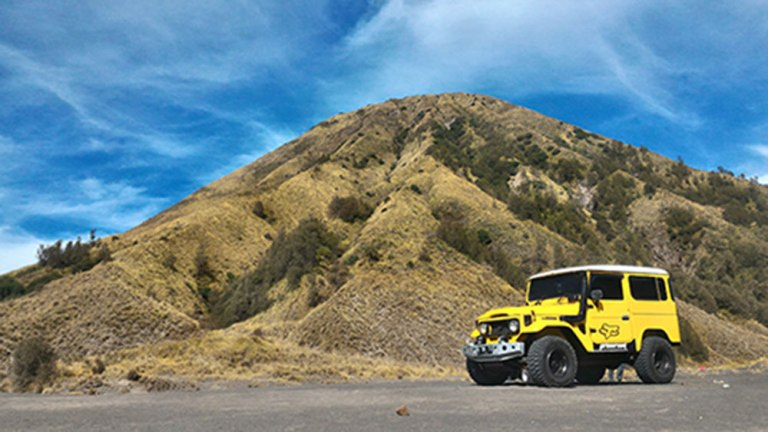 open trip bromo dengan jeep bromo selama 12 jam perjalanan